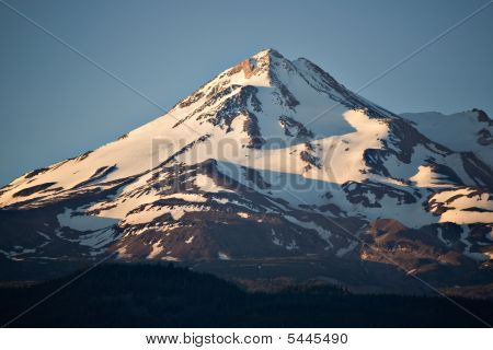 Mount Shasta Morning