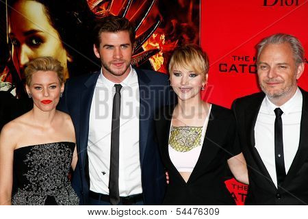 NEW YORK-NOV 20; Elizabeth Banks, Liam Hemsworth, Jennifer Lawrence and Francis Lawrence attend