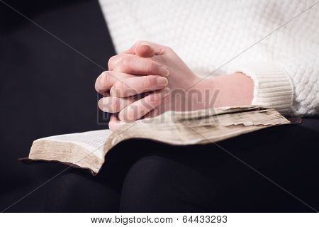 Reading bible and pray