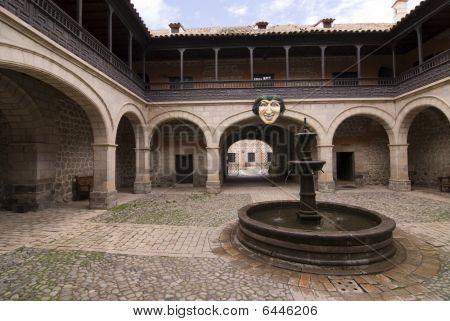 La casa de la moneda nacional de Bolivia (casa De La Moneda De Bolivia) o la casa de la moneda de Potosí.