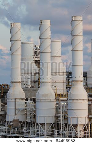Cooling tower of oil and gas plant, hot gas from the process was cooling as the process, The line as