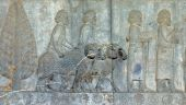pic of xerxes  - Soldiers and shepherds on bas - JPG
