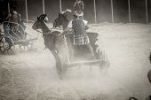 pic of chariot  - Roman chariot in a fight of gladiators - JPG