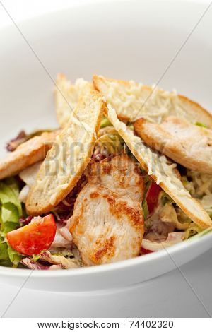 Caesar Salad with Chicken Fillet, Salad Leaf, Croutons, Cherry Tomato and Parmesan Cheese