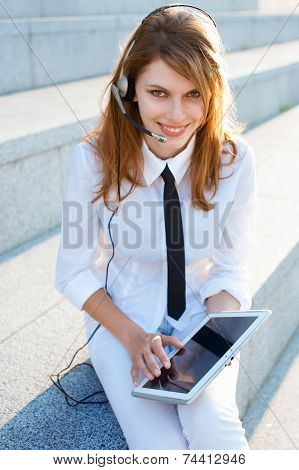 Customer support operator woman smiling