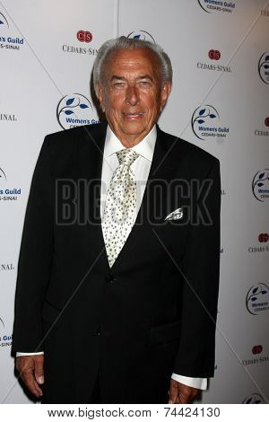LOS ANGELES - OCT 21:  Frank Mancuso Sr. at the Women's Guild Cedars-Sinai Gala at Regent Beverly Wilshire on October 21, 2014 in Beverly Hills, CA