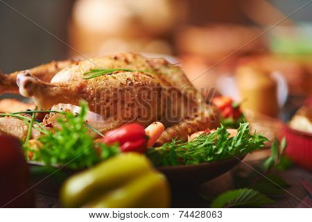 Roasted turkey with vegs and greenery