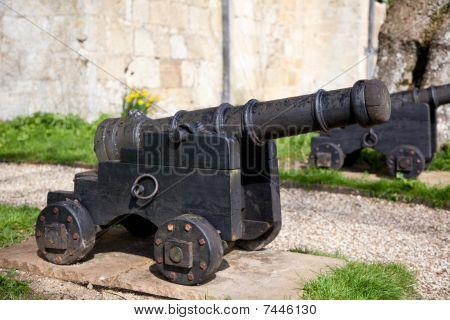 Old Black Canon
