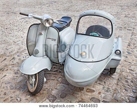 Vintage Lambretta Sidecar