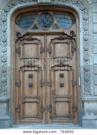 Barcelona Doors