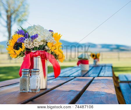 Picnic table decoration