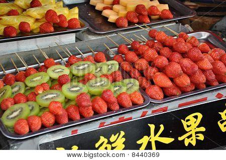 Strawberry And Kiwi Sticks