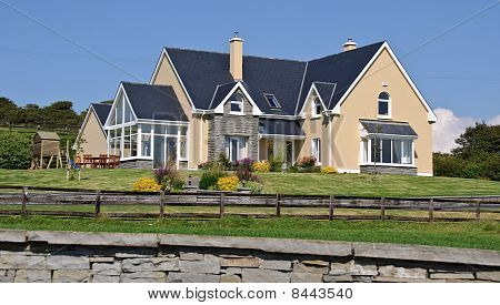 Luxury Home In Rural Countryside Ireland