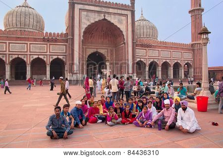 Delhi, India - November 5: Unidentified People Sit At Jama Masjid On November 5, 2014 In Delhi, Indi