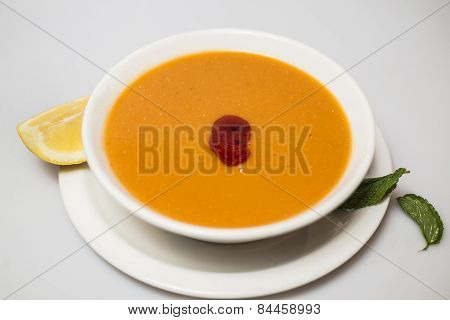Lentil soup in the bowl