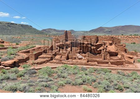 The Ancient Pueblo Ruins, Arizona