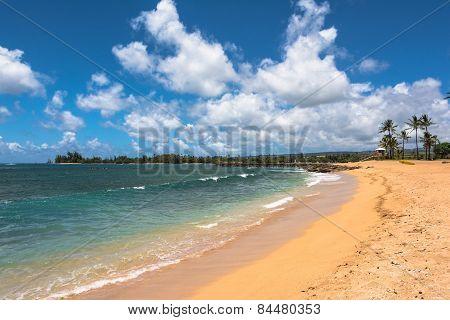 Beach along North Shore coast, Oahu