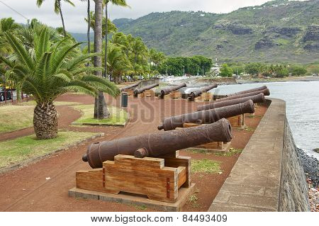 Old cannons at the sea side of the Saint-Denis De La Reunion, France.