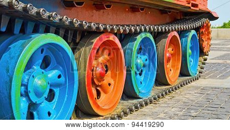Track Tank