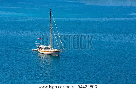 American Wood Yacht