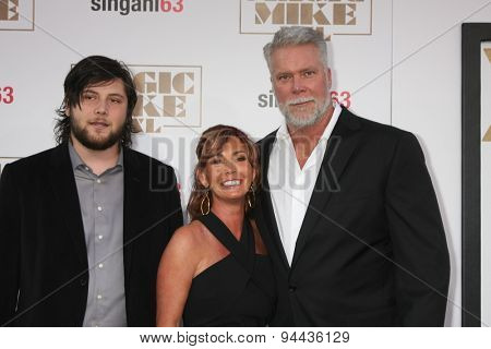LOS ANGELES - JUN 25:  Kevin Nash at the