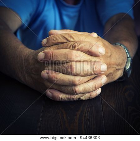 Wrinckled hands of old man
