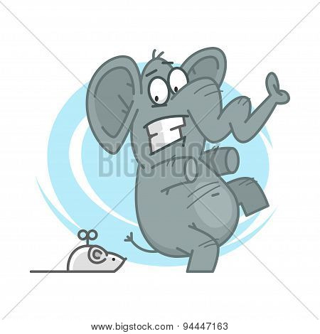 Elephant frightened of mechanical mouse