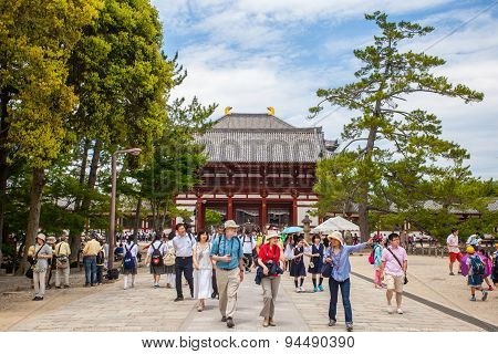 The great Buddha hall of Todaiji temple