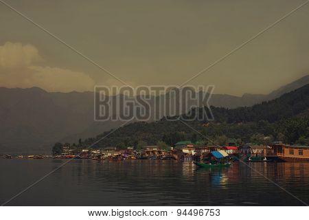 Houseboats On The Lake In Srinagar