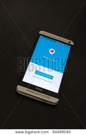 Periscope app log in screen on a mobile smartphone.