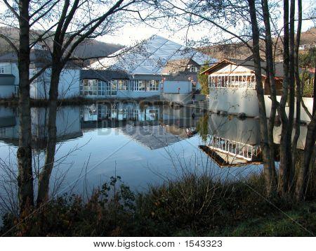 Hambachtal Reflections