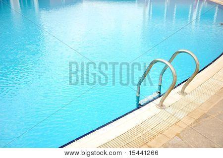 Pool leader