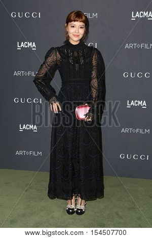 LOS ANGELES - OCT 29:  Han Hyo-joo at the 2016 LACMA Art + Film Gala at Los Angeels Country Museum of Art on October 29, 2016 in Los Angeles, CA