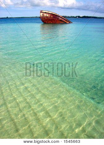My Lady Lata Ii Shipwreck, Pangaimotu, Tonga