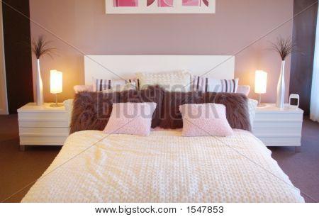Retro Bedroom Style