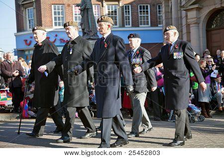 Veteran Guardsmen on parade