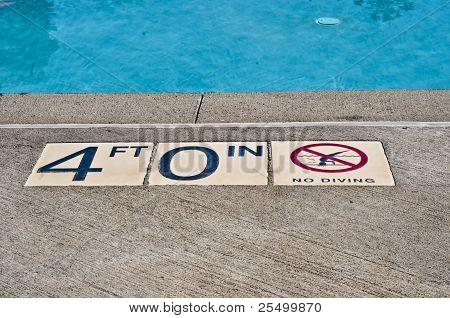 no diving in 4 ft water