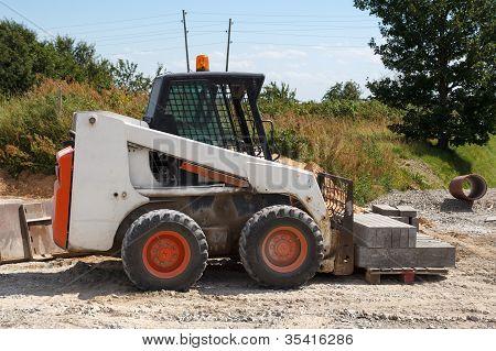 Pequena escavadeira Bobcat