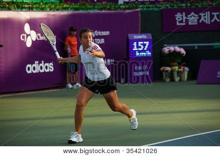 Anastasija Sevastova executando Forehand