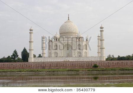 Taj Mahal and the Yanuma River, India