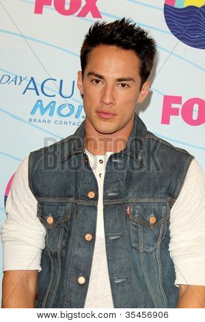 LOS ANGELES - JUL 22:  Michael Trevino in the Press Room of the 2012 Teen Choice Awards at Gibson Ampitheatre on July 22, 2012 in Los Angeles, CA