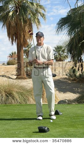 PALM SPRINGS - FEB 7: Tom Hallick at the 15th Frank Sinatra Celebrity Invitational Golf Tournament at Desert Willow Golf Course on February 7, 2003 in Palm Springs, California