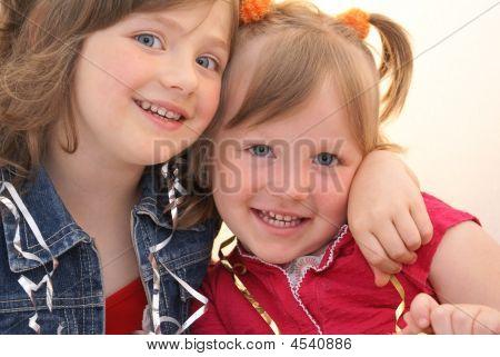 Two Girl.