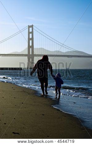 Mom, Child, Golden Gate Bridge Silhouettes.