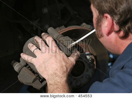 Removendo a carcaça do freio