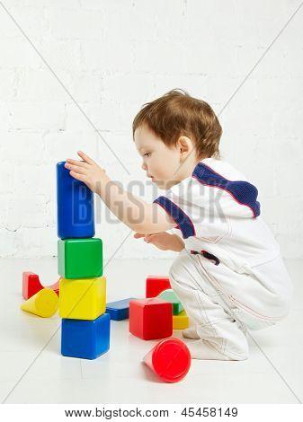 Kind spielen