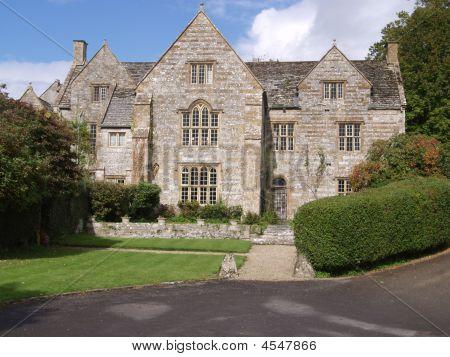 A Grand English House