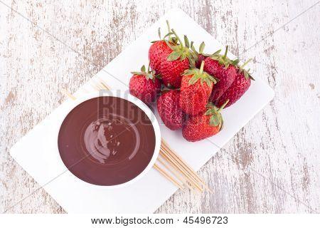 chocolate fondue with strawberry