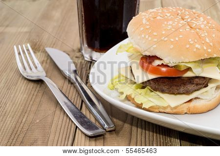 Double Cheeseburger With Softdrink