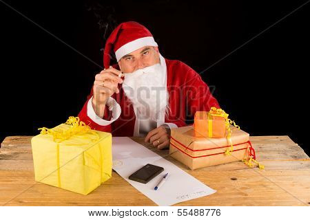 Knakcered Santa